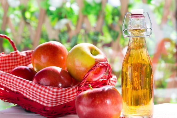 Kistik sivilceye elma sirkesiyle tedavi yöntemi