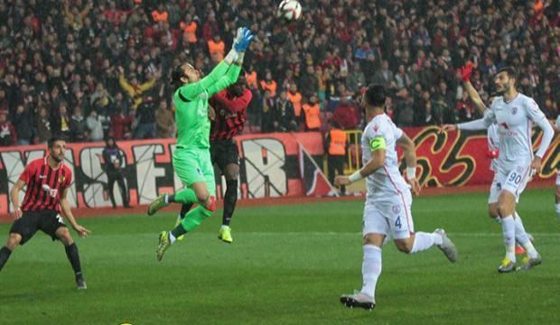 Altınordu Eskişehir'de 4 golle kazandı