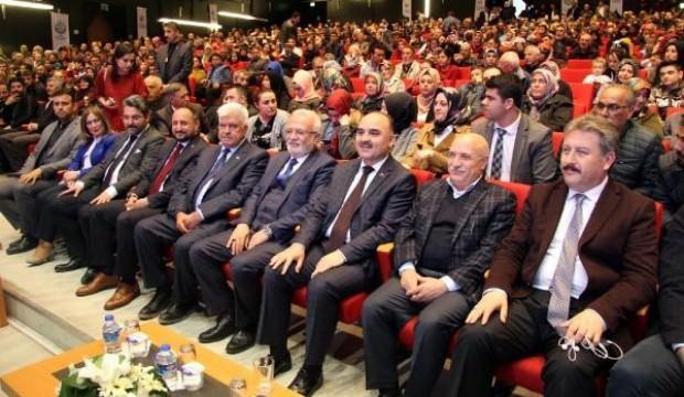 Kayseri'de TOKİ'den 709 aileye ev