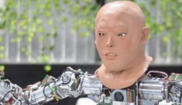 Konya'da üretilen insansı robota yüz eklendi