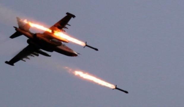 Savaş uçakları cezaevini vurdu, teröristler firar etti!