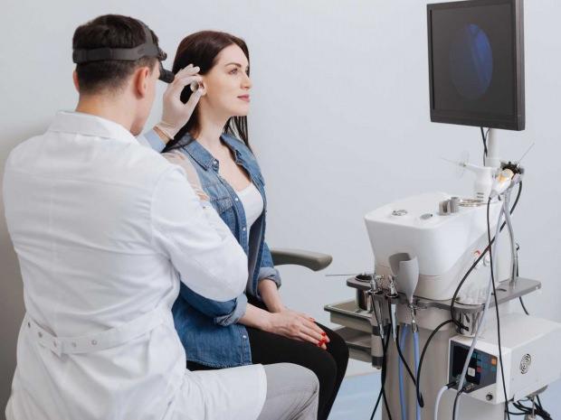 kulak ağrısı neden olur belirtileri