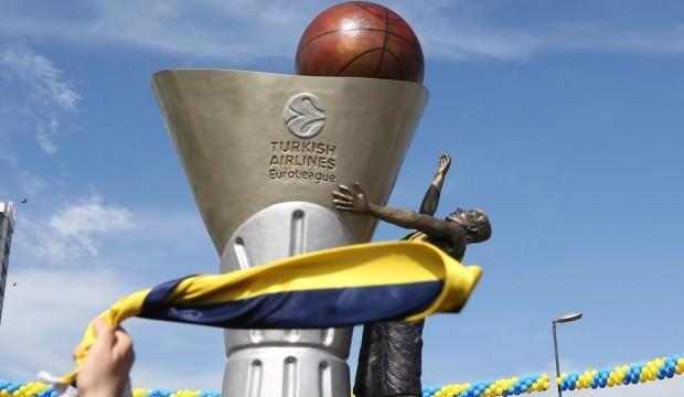 F.Bahçe'nin Euroleague Zaferi anıtı dikildi
