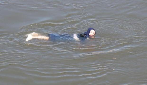 Fotoğraf çektirirken Meriç Nehri'ne düşen kadın kurtarıldı