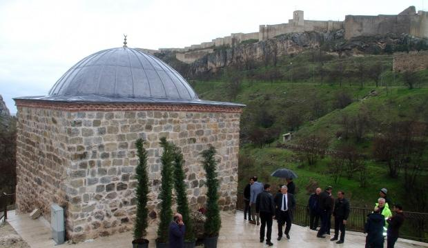 450 yıllık mescitte 119 yıl aradan sonra ilk namaz kılındı