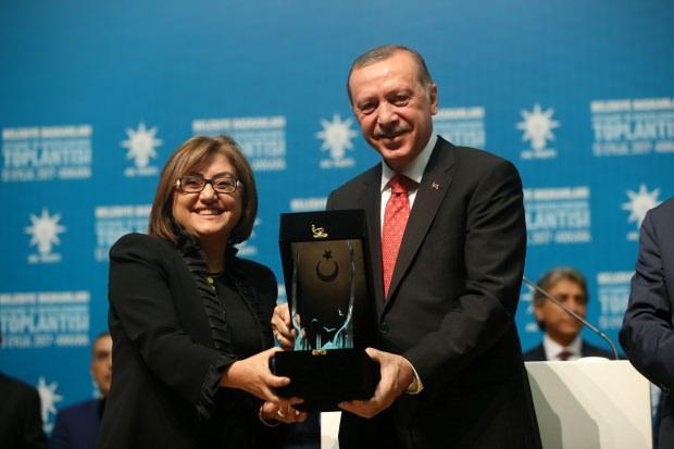 Fatma Şahin ve Cumhurbaşkanı Recep Tayyip Erdoğan