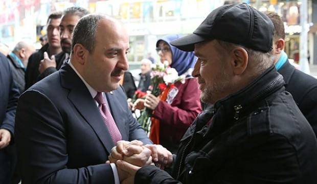 Bakan Varank, Küçükçekmece esnafını ziyaret etti