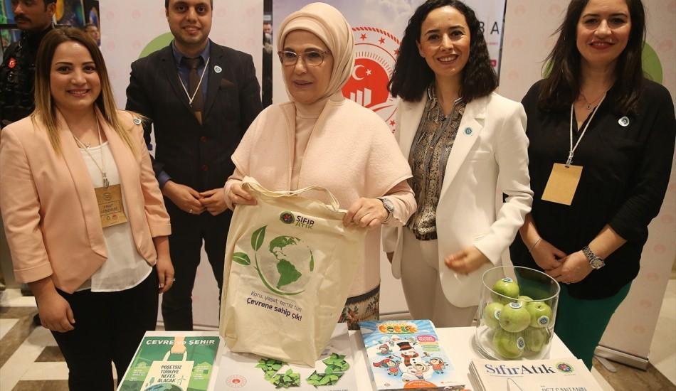 Emine Erdoğan 'Cemre Çarşısı' etkinliğine katıldı