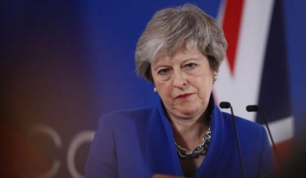 Theresa May'e Brexit baskısı: İstifanı açıkla!