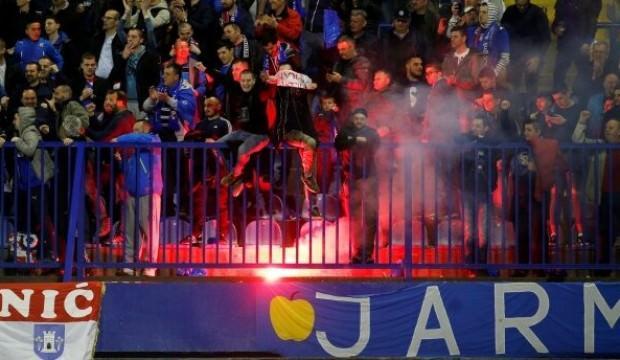 Dinamo Zagreb'e seyircisiz oynama cezası
