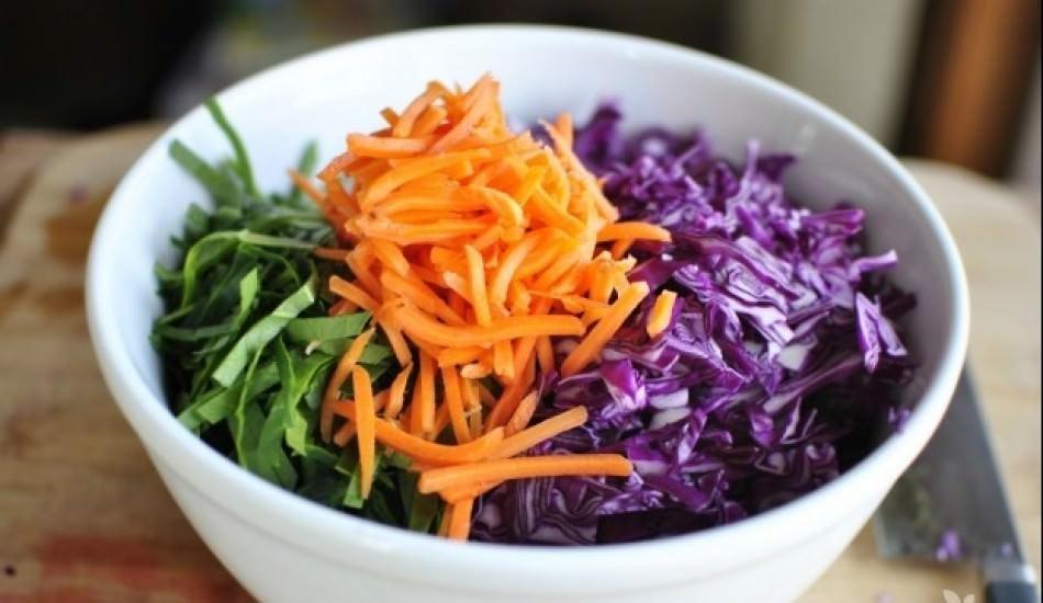 Mevsim salatası nasıl yapılır? Mevsim salatası yapmanın püf noktaları