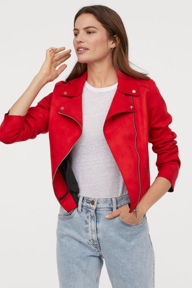Kırmızı tonlu modeller