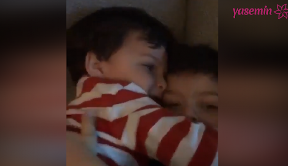 Pelin Karahan oğullarının sevimli hallerini paylaştı