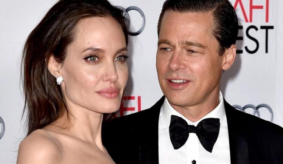 Angelina Jolie resmi olarak soyadını değiştirdi