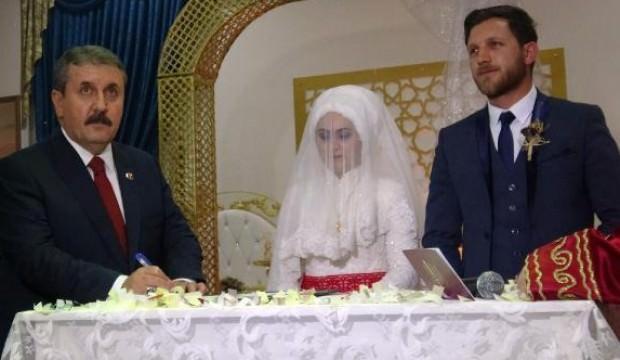 BBP lideri Destici nikah şahidi oldu