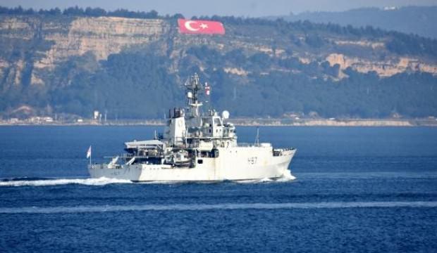 İngiliz savaş gemisi, Boğaz'dan böyle geçti