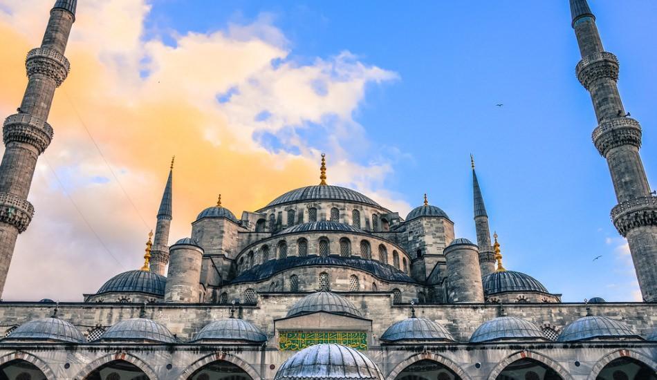 Berat kandilinde hangi camilere gidilebilir? İstanbul'un 7 önemli camisi
