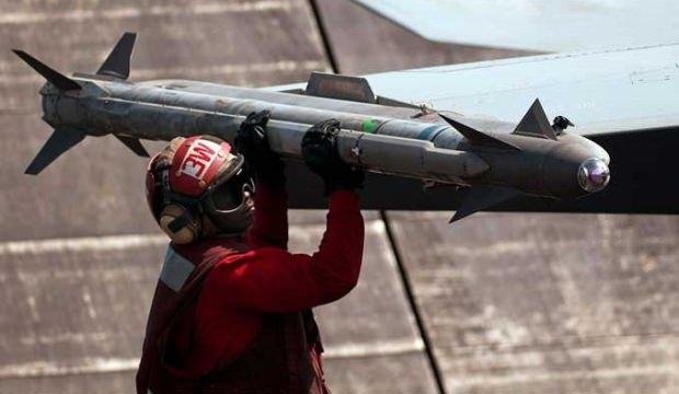 Türkiye ABD'den AIM-X Block II füzesi alacak