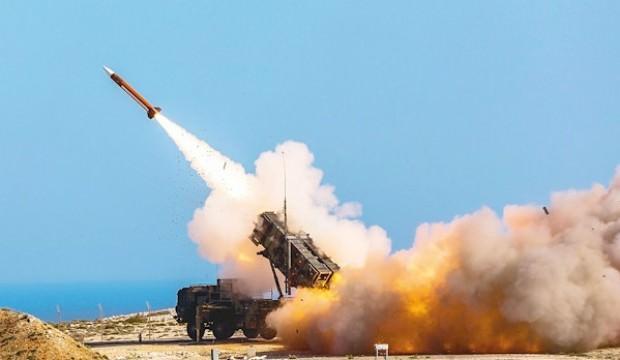 Suudi Arabistan'ın Patriot sistemlerini vurdular