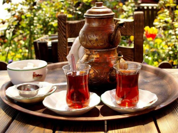 siyah kaç kalori? Siyah çay kilo aldırır mı?
