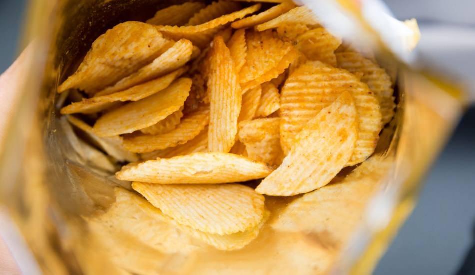 Cips yemek kilo aldırır mı?  Ev yapımı diyet çıtır cips tarifleri