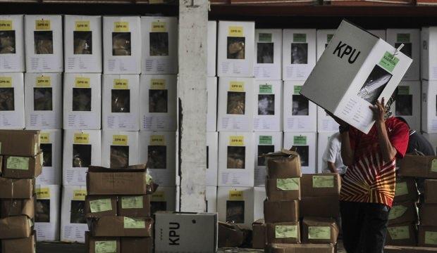 Endonezya'da acı bilanço: 139 sandık görevlisi öldü!