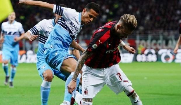 Hakan'lı Milan kupada Lazio'ya elendi