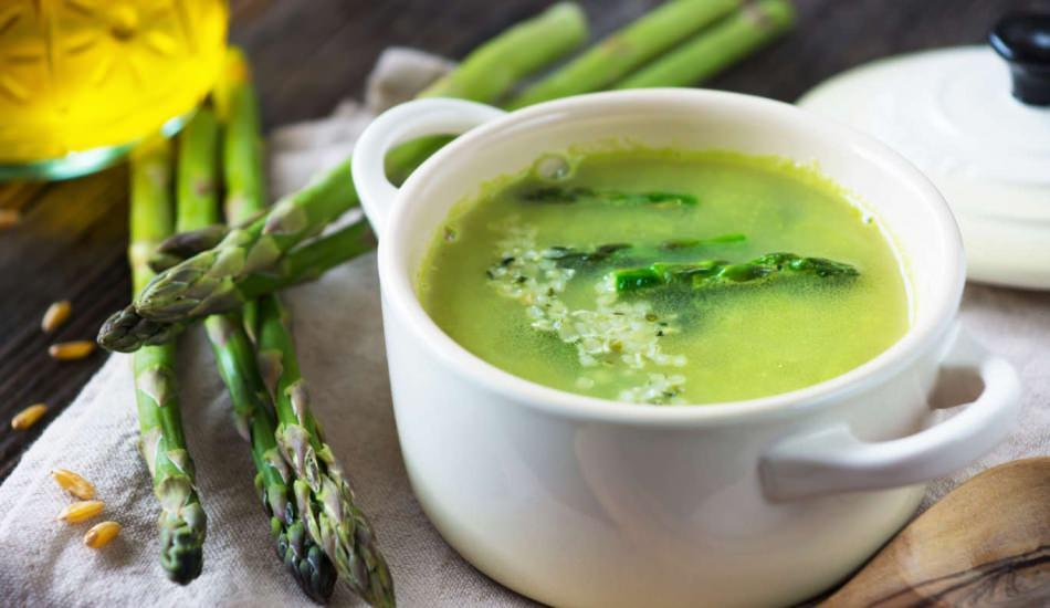Kuşkonmaz çorbası nasıl yapılır?