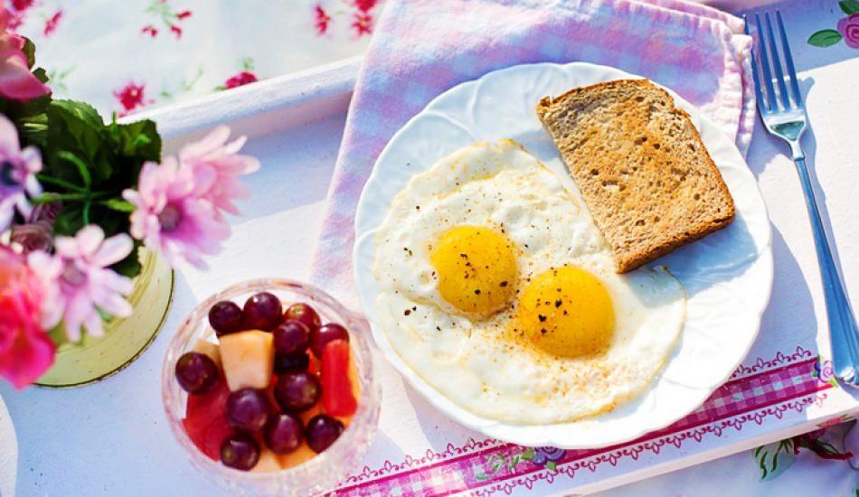 Çalışırken sağlıklı nasıl beslenilir?  Çalışanlara özel metabolizma hızlandıran diyet