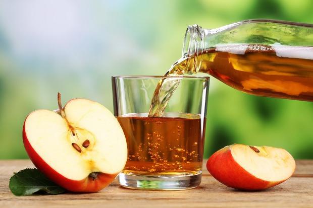 bir hafta boyunca elma suyu içerseniz