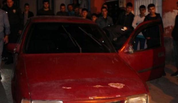Polise ateş açıp, bıçakla saldırdılar: 1 polis yaralı