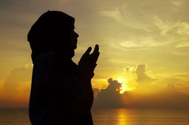 adet olan kadınlar özel gecelerde nasıl ibadet etmeli?