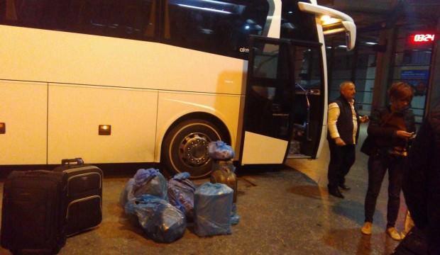 Bagajlar yağ içinde kalınca yolcular isyan etti