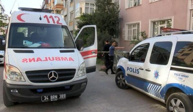 bakırköy'de bir esnaf boğazından bıçaklanarak öldürüldü ile ilgili görsel sonucu
