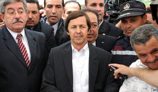 Cezayir'de yeni gelişme: Gölge lider tutuklandı!