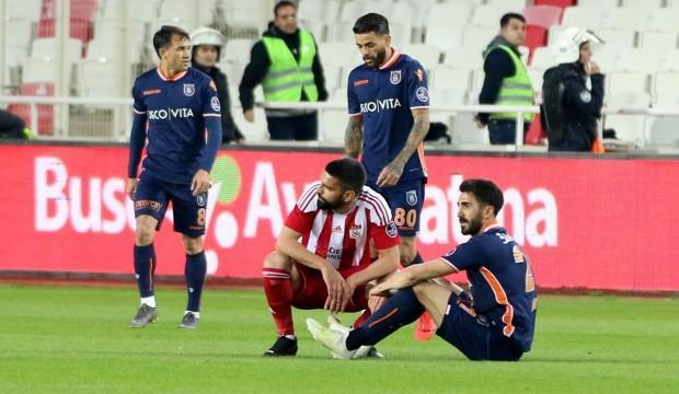 Medipol Başakşehir 4 maçta çöktü!