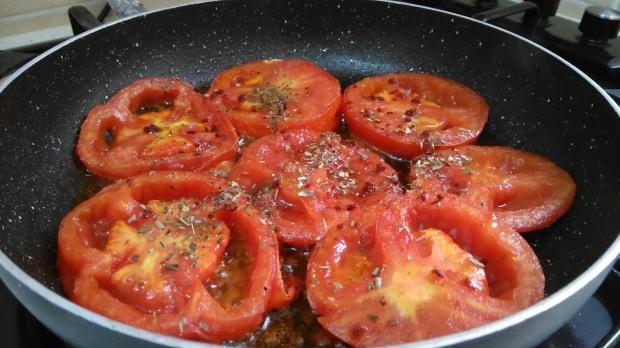 pişirilmiş domates