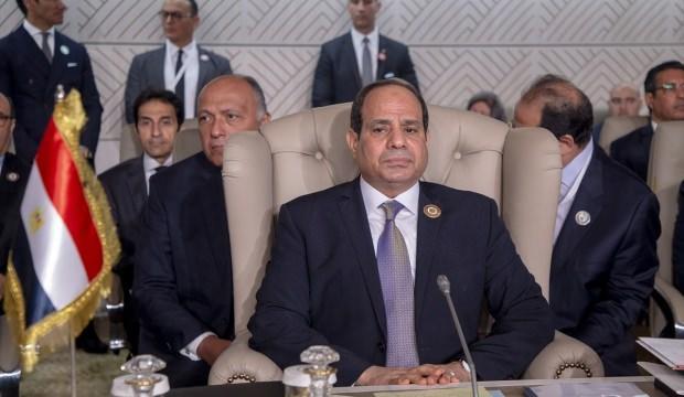 Darbeci Sisi'den yeni hamle! 516 caminin adını değiştirdi
