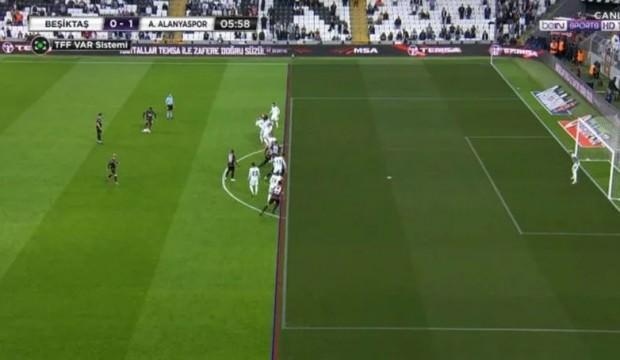 Alanya'nın golü iptal edildi, Beşiktaşlılar tepki gösterdi