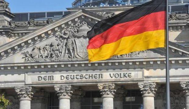 Almanya'da yıllık enflasyon nisanda yüzde 2 arttı