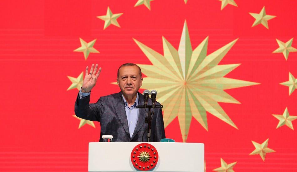 Cumhurbaşkanı Erdoğan: Sanatçı dalkavukluk yapmaz