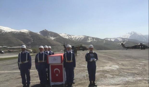 Hakkari'de şehit asker törenle uğurlandı