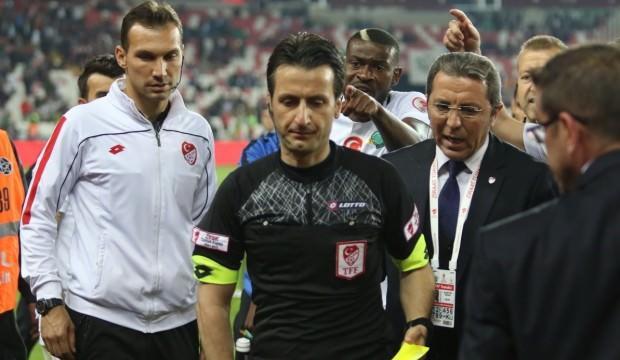 'Bizi Galatasaray değil hakem yendi'
