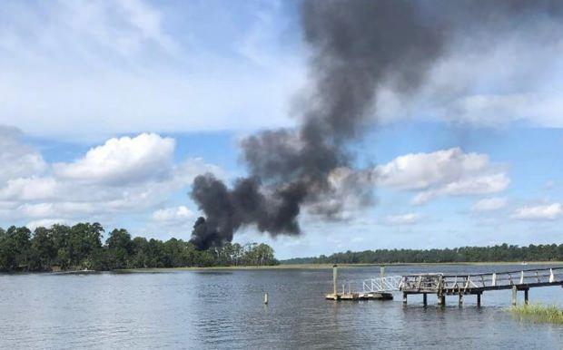 ABD'deki kaza sonrası olay yerinden kara dumanlar yükselmişti.