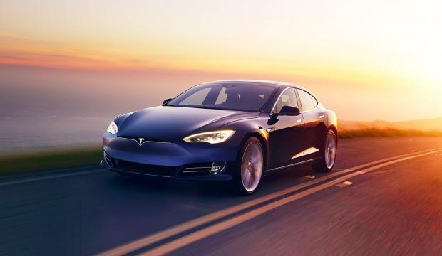 Tesla hisseleri son iki yılın en düşüğünde