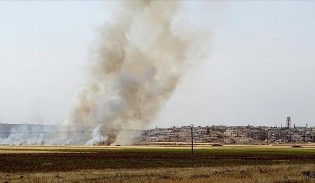 YPG/PKK'lılar Bab'daki sivillerin tarım arazilerini  yaktı