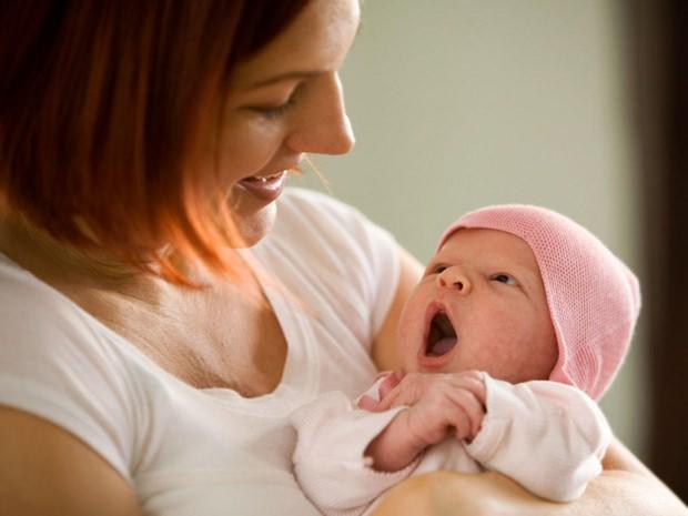 bebeklerde damak düşmesi belirtileri ve tedavisi