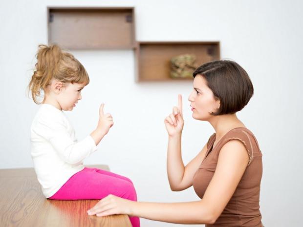 yalan söyleyen çocuklara nasıl davranılmalı