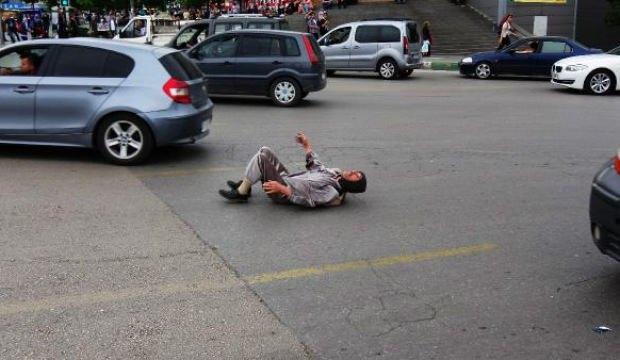 Bursa'da kaplumbağa kostümü ile kurallara dikkat çekti