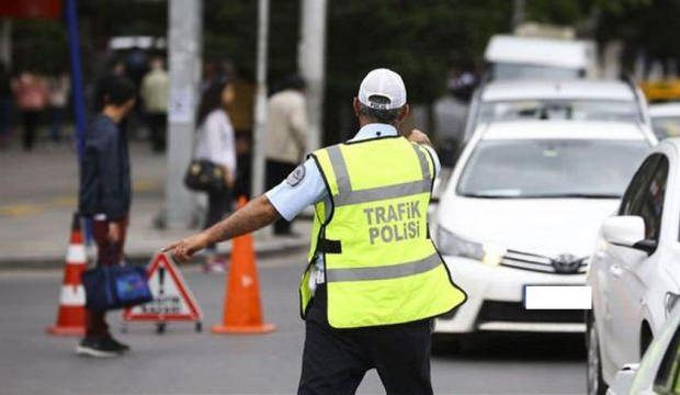 Ehliyetsiz araç kullanmaktan 4 bin TL para cezası yedi
